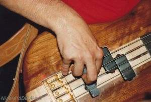 La main de de Jaco Pastorius-juillet 1983-Nice©Nicole Videmann