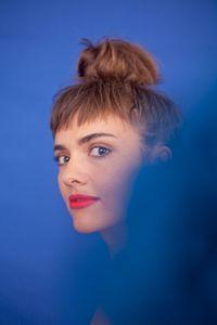 Portrait de la chanteuse Camille Bertault photographiée par Paul Rousteau