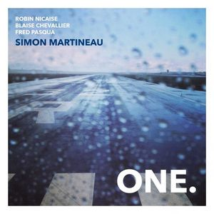 "Couverture de l'album ""One."" de Simon Martineau"