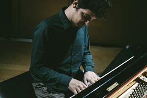 """Le pianiste Enrico Zanessi présente l'album """"Blend Pages"""""""