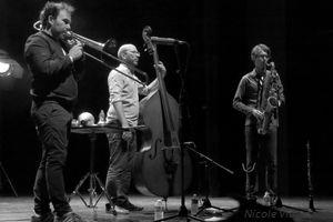 """""""Un Poco Loco"""", le 23 aout 2018 à Jazz Campus en Clunisois"""