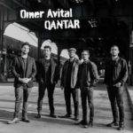 "Couverture de l'album ""Qantar"" du contrebassiste Omer Avital"