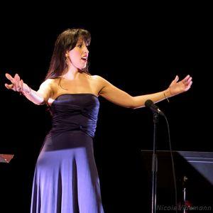 Mariana Flores-2_Estrellas Argentinas_Ambronay-06102018_NV